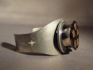 spinning chamber bracelet