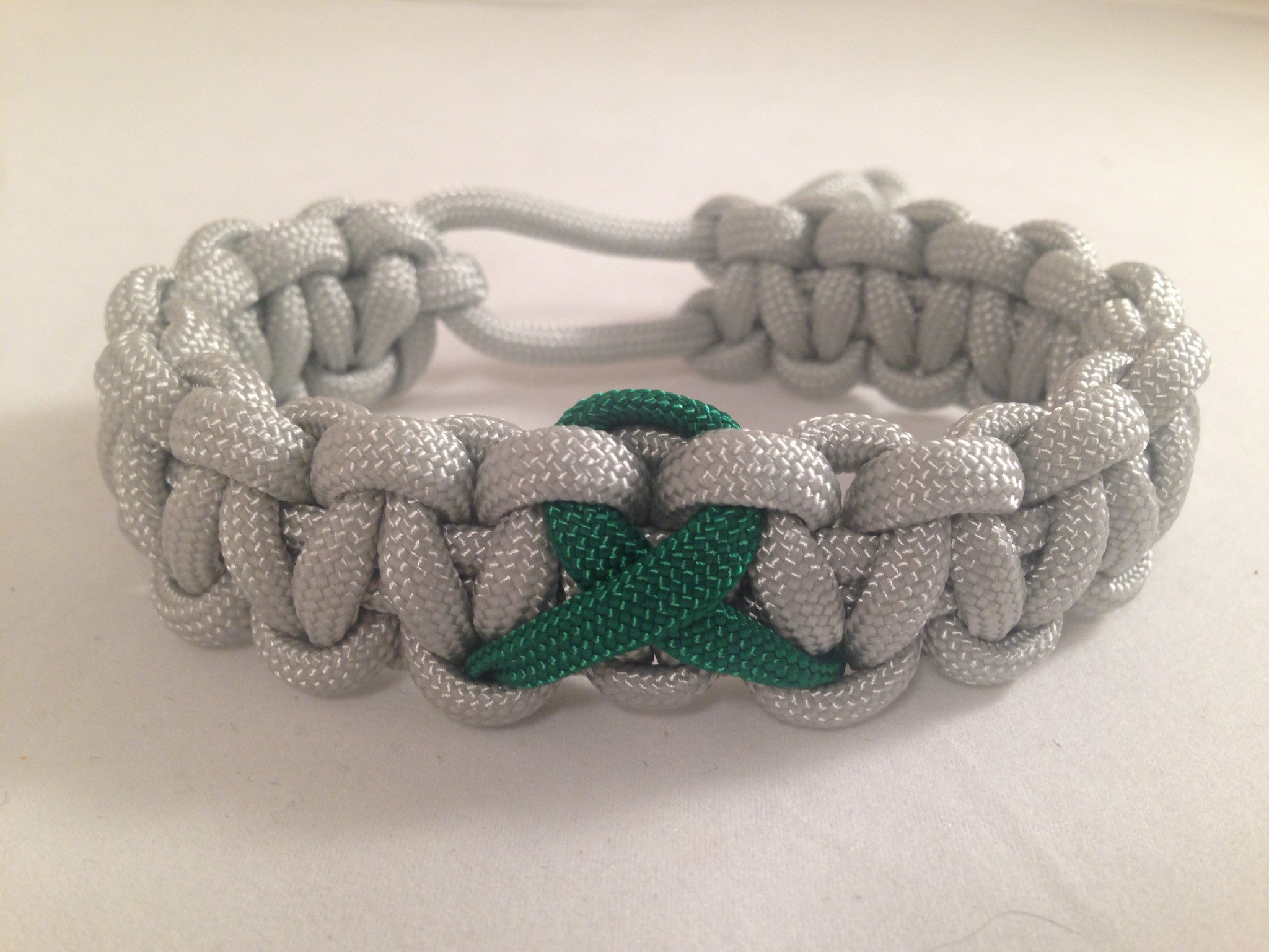 The Organ Donation Awareness Bracelet Silver Gray Paracord Band With