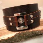 Brown center link bracelet with case head